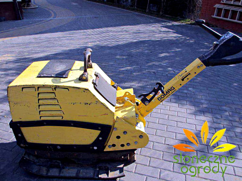 zagęszczarka BOMAG 350kg