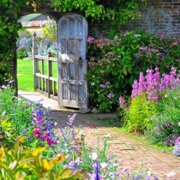 Garden Detailing